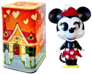 Minnie Mouse Mini w/ tin can