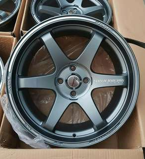ptp admin.  please read adds for details.  18500 only.. 4pcs mags only. nakakahiya naman tawaran pa. napaka mura na nyan.  LOCATION. tondo manila. shipping nation wide.  volkrays te37 copy only... size 17x7.5 4 holes pcd100 et35  brandnew syempre no issue