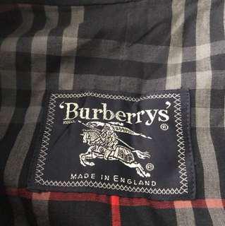 Burberry  Coat 🧥