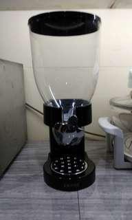 Zevro Creal Dispenser