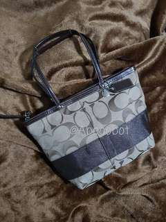 COACH SIGNATURE JACQUARD TOTE WITH LEATHER TRIMMINGS F13548