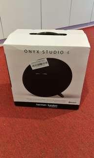 Harman Kardon Onyx Studio 4