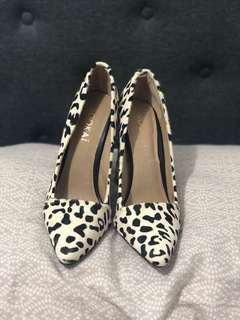 Kookai size 8 shoes