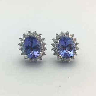 3卡10份坦桑石 60份鑽石 18K白金耳環 18K Withe gold 3.10ct Tanzanite 0.60ct Diamond Earrings 可議價