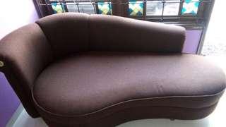 cuci sofa, springbed, karpet, jok mobil, bed, boneka, dll