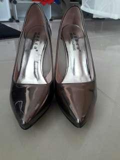 Chrome pointed high heels