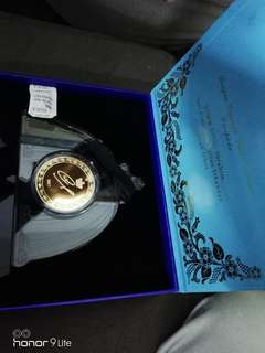 Medallion sultan johor.. Kemahkotaan 2017