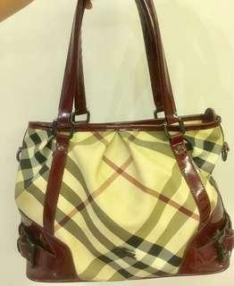 Burberry Tote bag 👜
