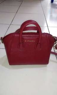 Tas Givency kw