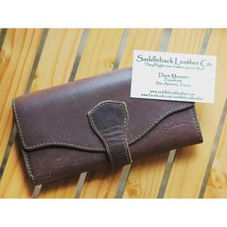 Saddleback Leather Long Trifold Wallet Chestnut Reddish Brown 29% OFF