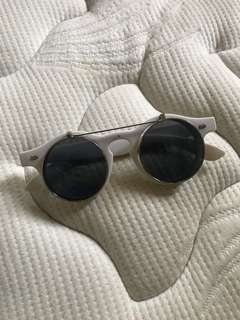 AMANTE ROUNDED SUNGLASSES