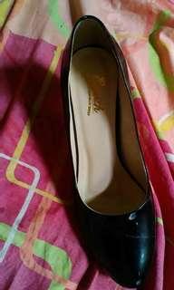 Jual sepatu pentopel item buat kerja