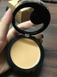 Revlon 2 in 1 concealer and pwder