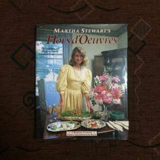 Martha Stewart's Cook Book : Hors d'Oeuvres