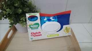 Huggies Clutch 'n' Clean (Huggies Wipes inside40pulls) $5