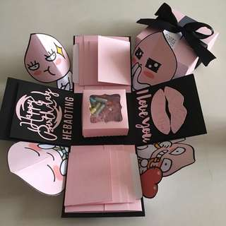 Apeach explosion box with capsule box , 8 waterfall in black & pink