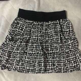 F21 Black and White Skirt