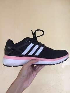 Women's running shoes — Adidas