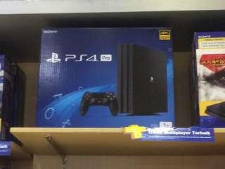 PS 4 pro + game satu stik
