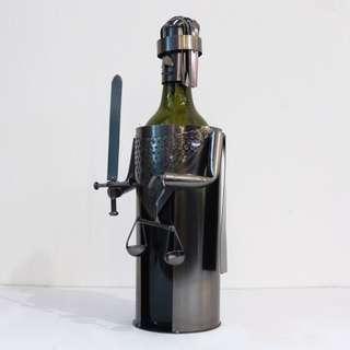Wine holder - Justice