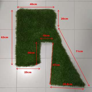 ARTIFICIAL GRASS PIECES
