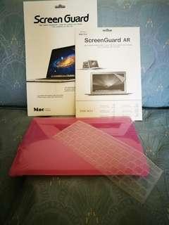 全新 apple mac book air 13.3 寸 保護貼 2 張 加 保護殼 及keyboard保護膜