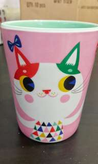 Kid's drinking cup