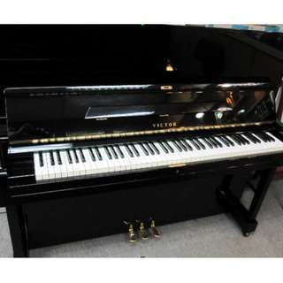 VICTOR V-31 UPRIGHT PIANO