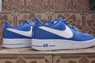 Nike air foce NBA edition