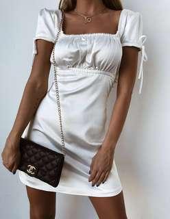 Tyra white silky dress Size M