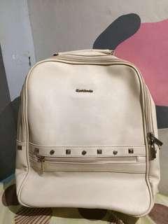 Preloved bagpack