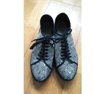 Cotélac 鞋