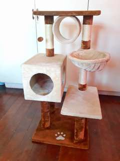 Almost new never been used cat condo
