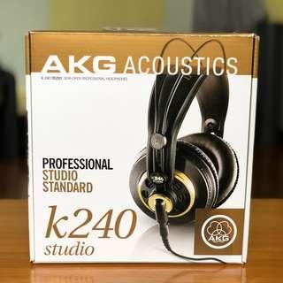 AKG 240 Studio