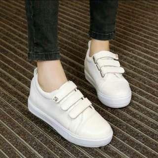 Sepatu Fashion putih,  new baru no 39