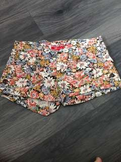 Flowers Shortpants