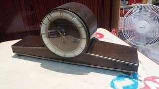 1950年代,古董五音鐘,報時及走時正常,報時音樂清識。