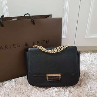 tas cnk ck charles and keith