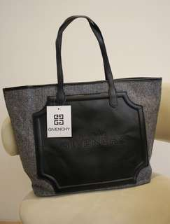 Givenchy Parfums 灰色 單膊 手挽袋 ~ 專櫃VIP贈品