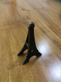 Souvenir penjepit foto menara Eiffel