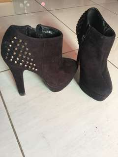 High Heels Boot Studded XXI