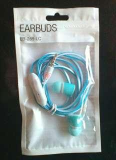 Brand new earphones