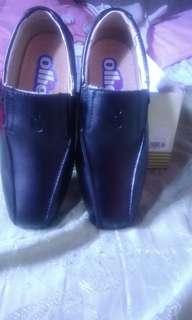 Ollie School Shoes