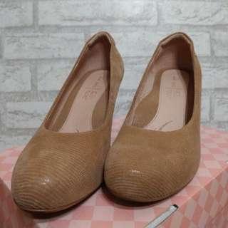 🚚 Lanew吸震減壓高跟鞋 婚鞋首選-可蝦皮