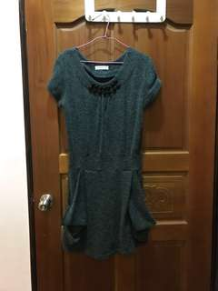🚚 深灰色洋裝