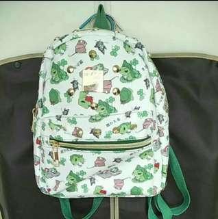 🚚 全新現貨含運*旅蛙可愛實用時尚鉚釘防水小背包
