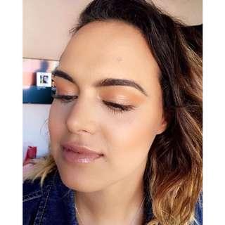 Mobile Makeup Artist.