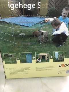 Outdoor pet enclosure