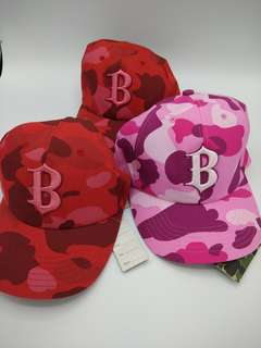 "a bathing ape ""B"" cap"