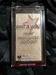 Wet and Wild Mega Glow Highlighted